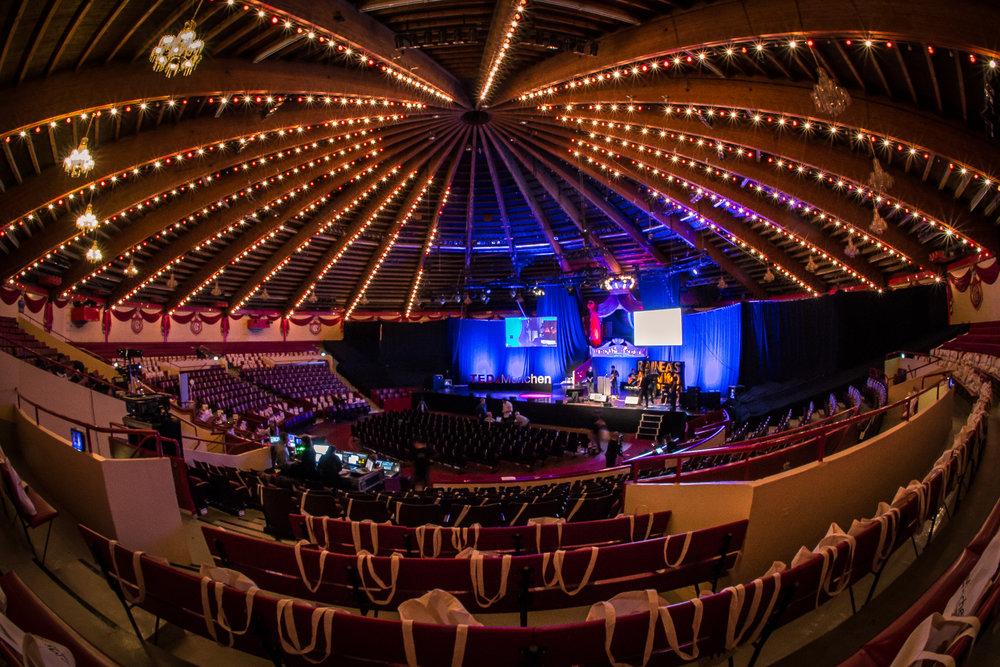 151110-14-09-06_TEDx_munich_hires.jpg