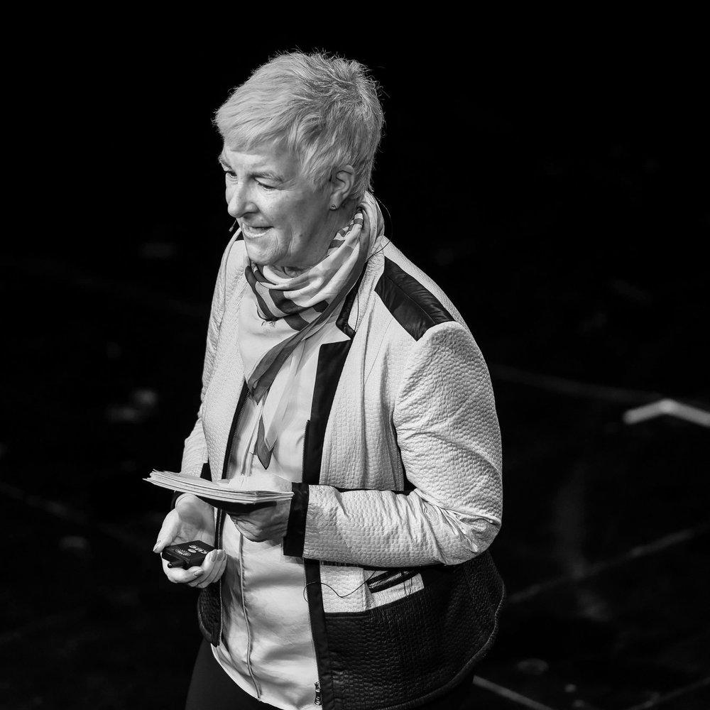 Dagmar Hirche - Warum wir das Internet versilbern müssen