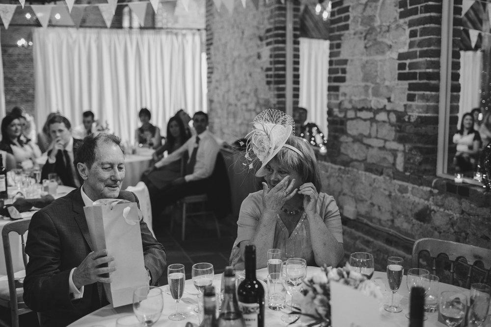 manor-house-buriton-wedding-photographer072.jpg