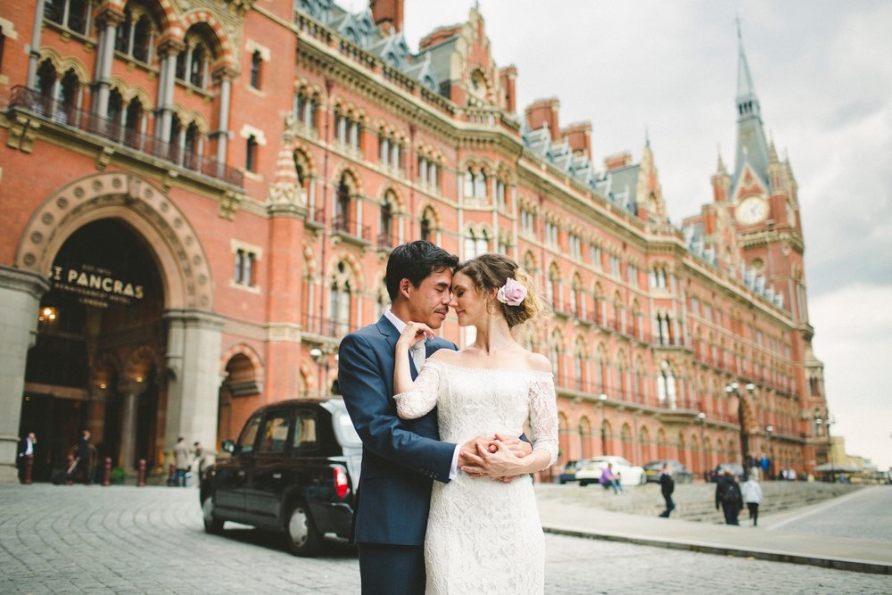 St-Pancras-wedding-photographer-london-073.jpg