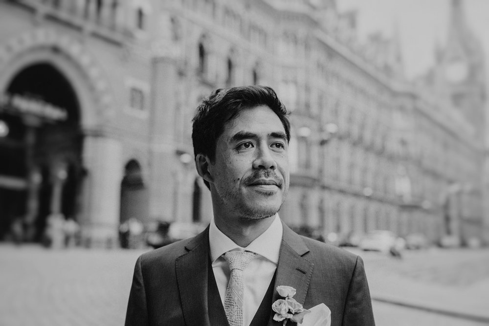 St-Pancras-wedding-photographer-london-076.jpg