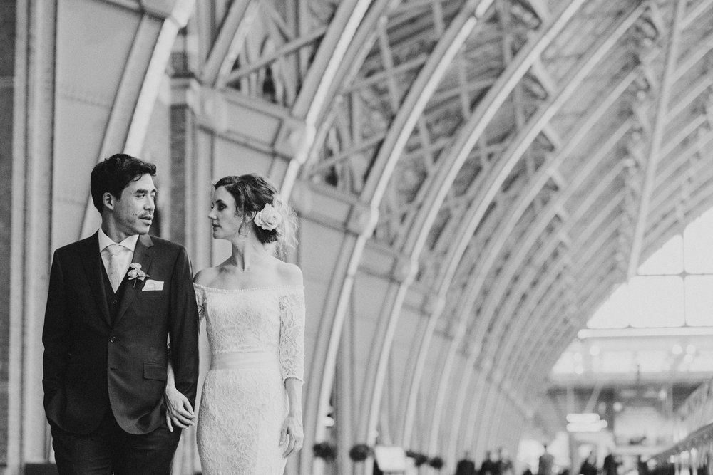 St-Pancras-wedding-photographer-london-089.jpg