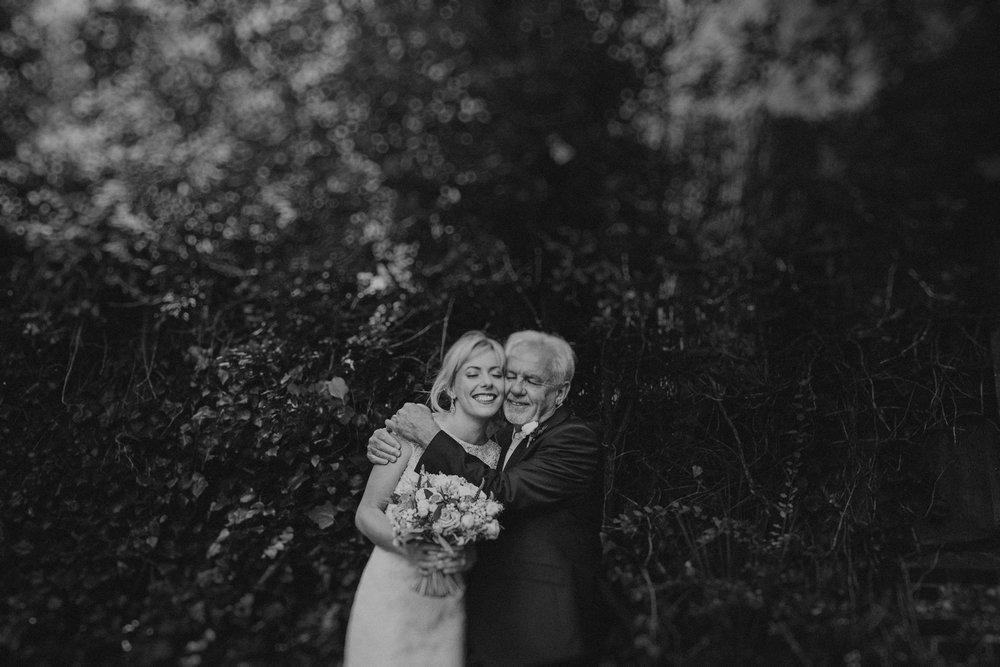 bartholomew-barn-wedding-17.JPG