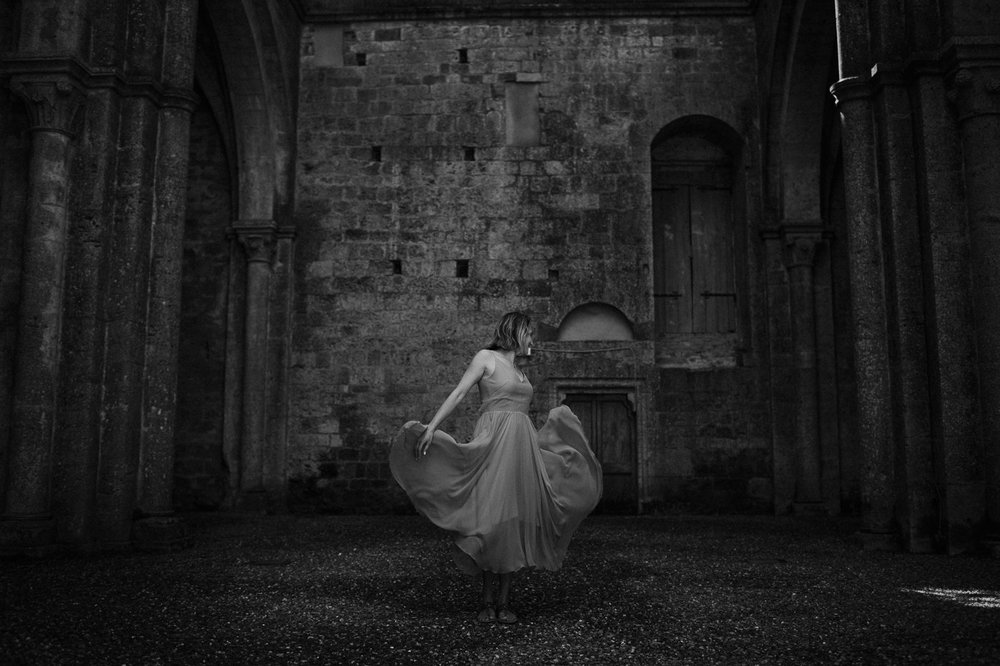 pre-wedding-photography-tuscany-10.jpg