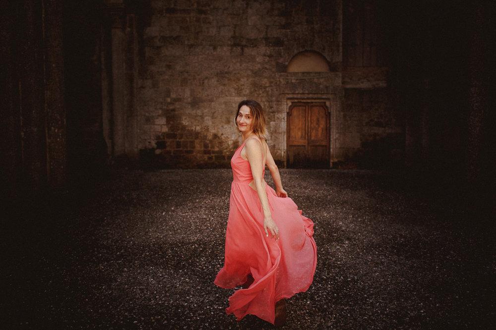 pre-wedding-photography-tuscany-15.jpg
