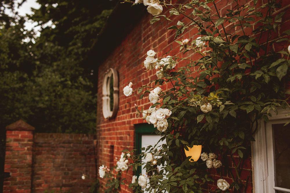 gaynes-park-wedding-photography-2.jpg