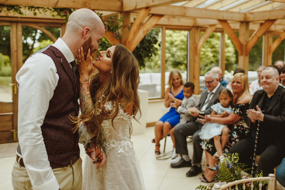 gaynes-park-wedding-photography-20.jpg