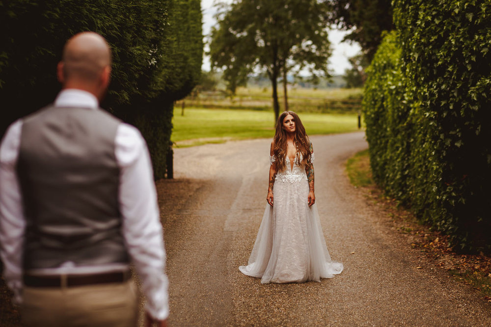 gaynes-park-wedding-photography-36.jpg
