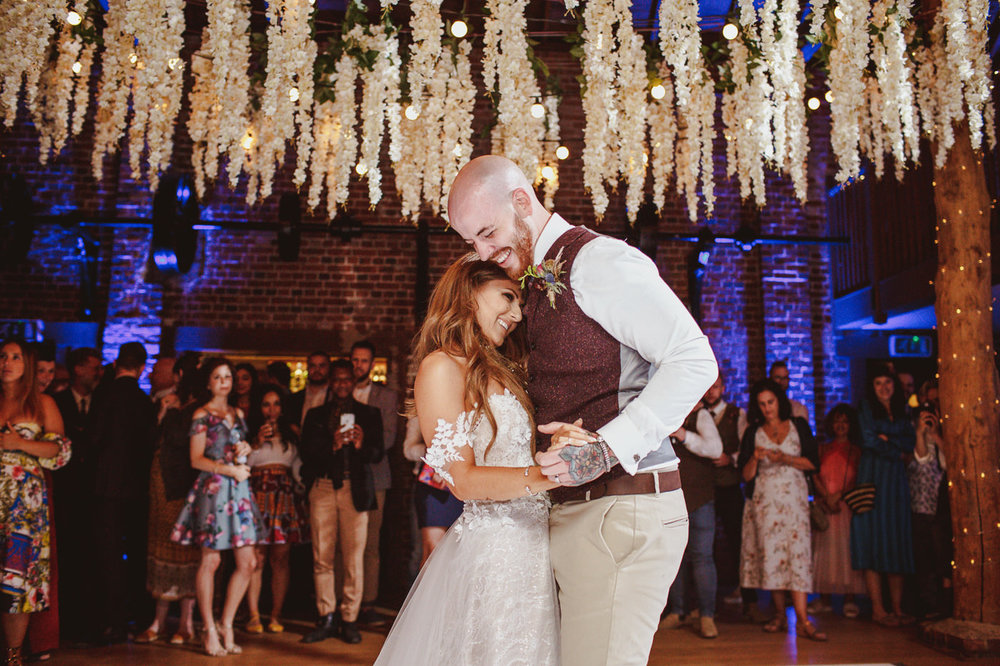 gaynes-park-wedding-photography-63.jpg