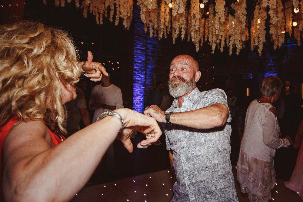 gaynes-park-wedding-photography-72.jpg