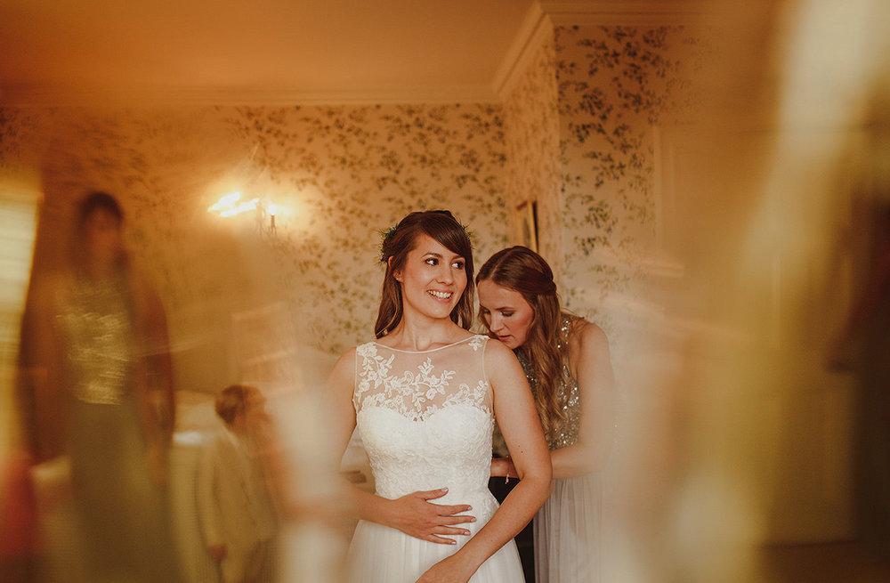 destination-wedding-photographer-wales-17.jpg