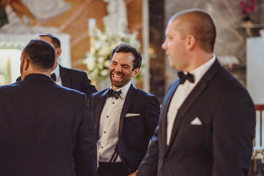 Academy-of-music-wedding-photography-27.jpg