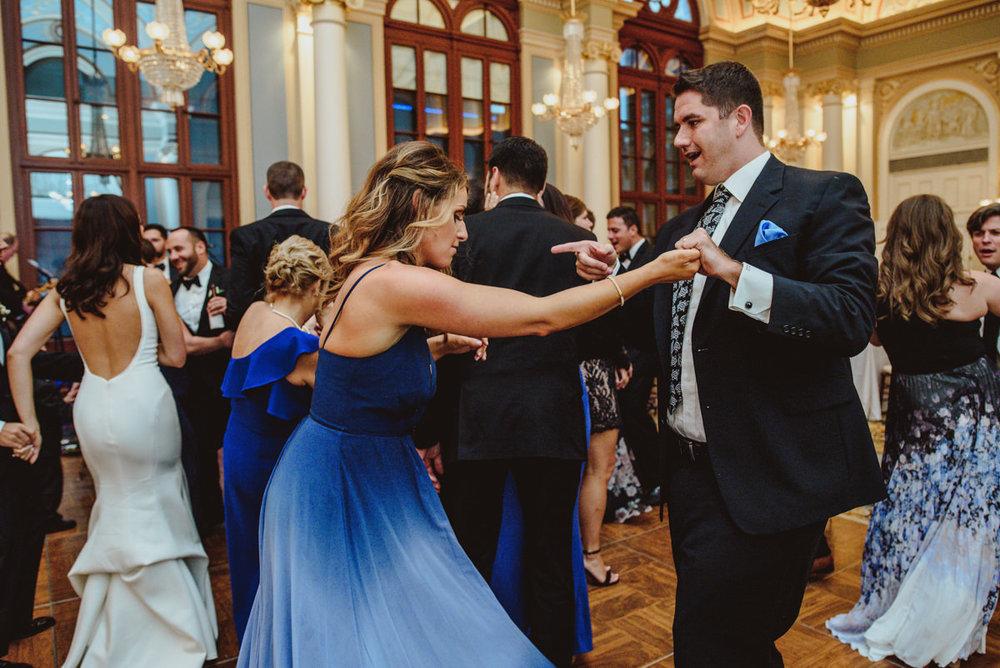 Academy-of-music-wedding-photography-60.jpg