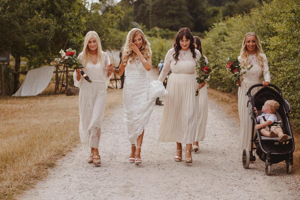 alternative-wedding-photographer-motiejus-15.jpg