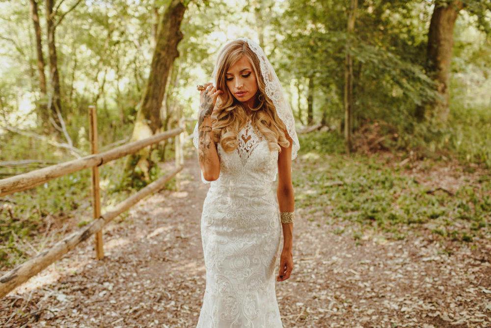 alternative-wedding-photographer-motiejus-35.jpg