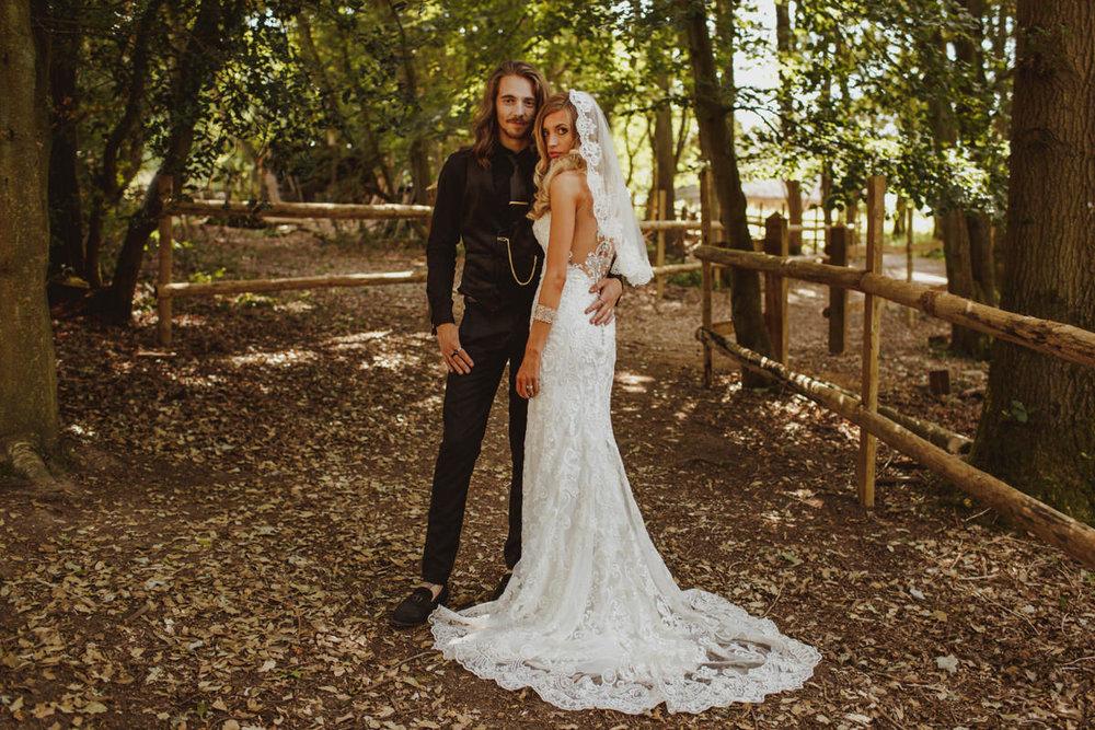 alternative-wedding-photographer-motiejus-36.jpg