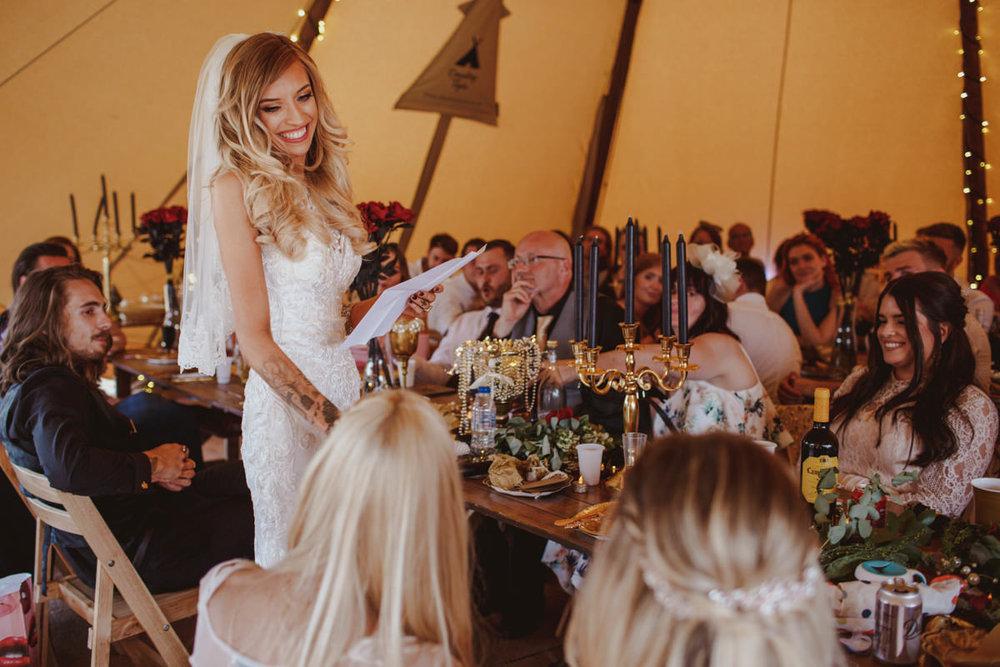 alternative-wedding-photographer-motiejus-54.jpg