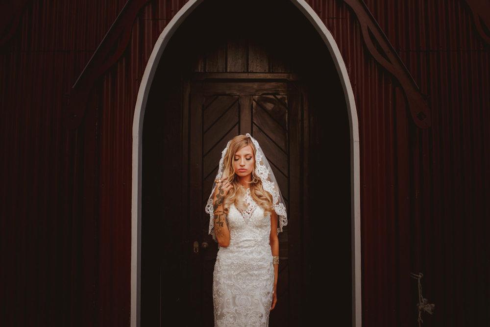 alternative-wedding-photographer-motiejus-60.jpg