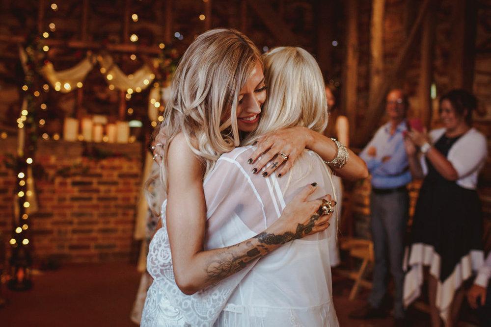 alternative-wedding-photographer-motiejus-66.jpg