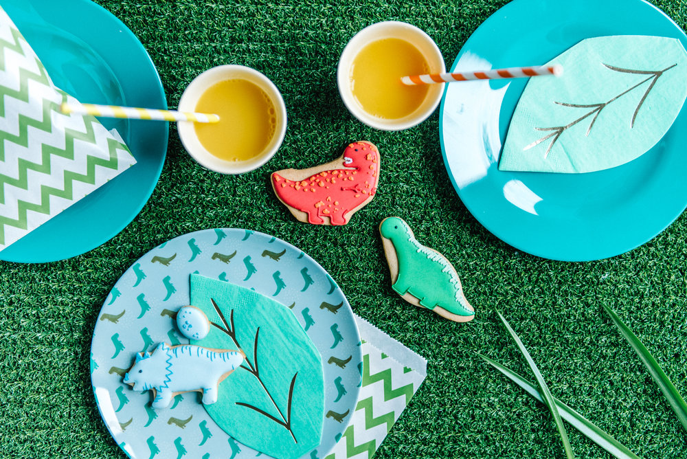 Shop By Theme - Whatever your party theme, our hired tableware and carefully sourced accessories will help you get your party looking on point.
