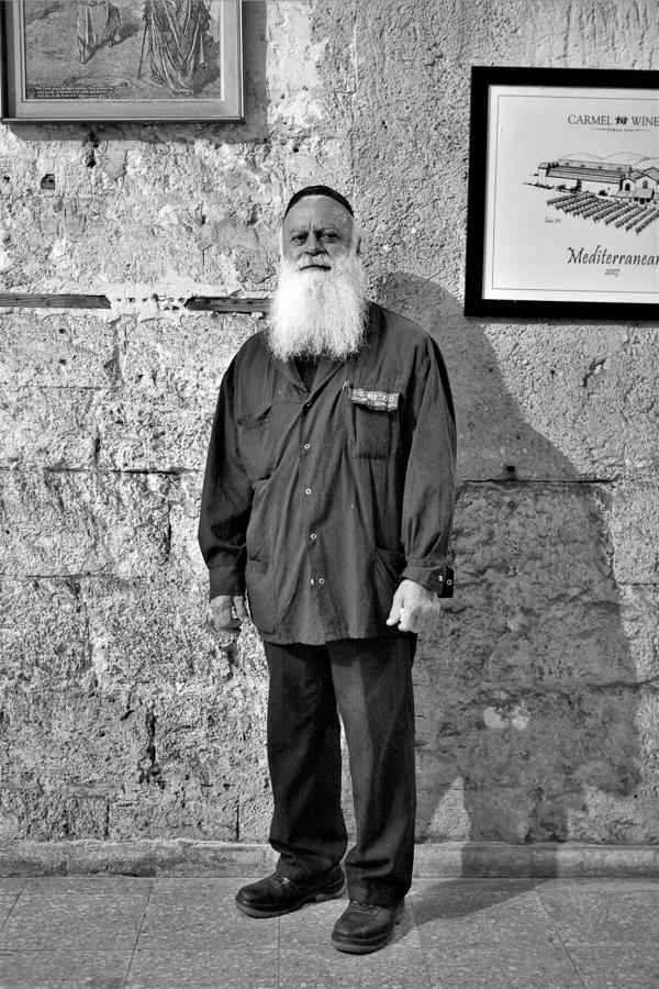 Mordechai, «kosher supervisor», Carmel Winery, Zichron Ja'akow, Israel.