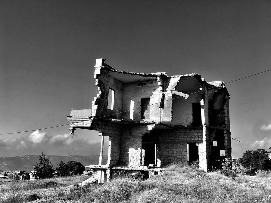 Bürgerkriegsruine in Bhamdoun.