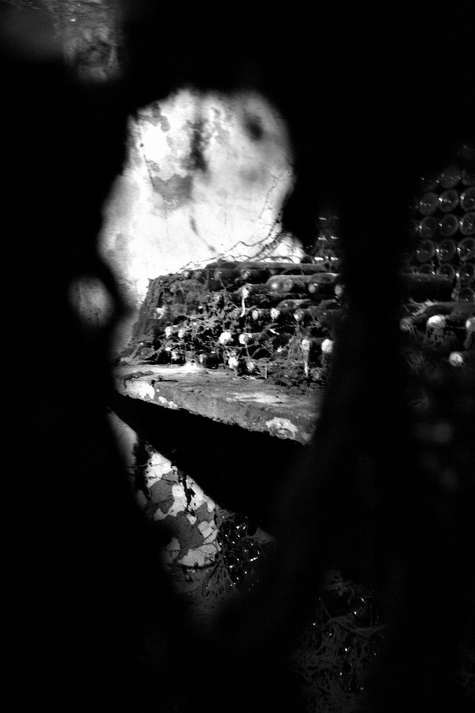 Kleine Schatzkammer mit sehr alten Jahrgängen von Chateau Musar: