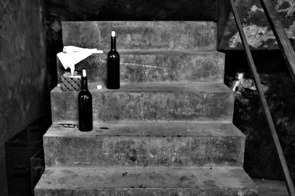 Flaschen kurz vor dem degustieren (Chateau Musar).