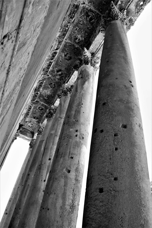Die gewaltigen Säulen des Bacchus Tempel.
