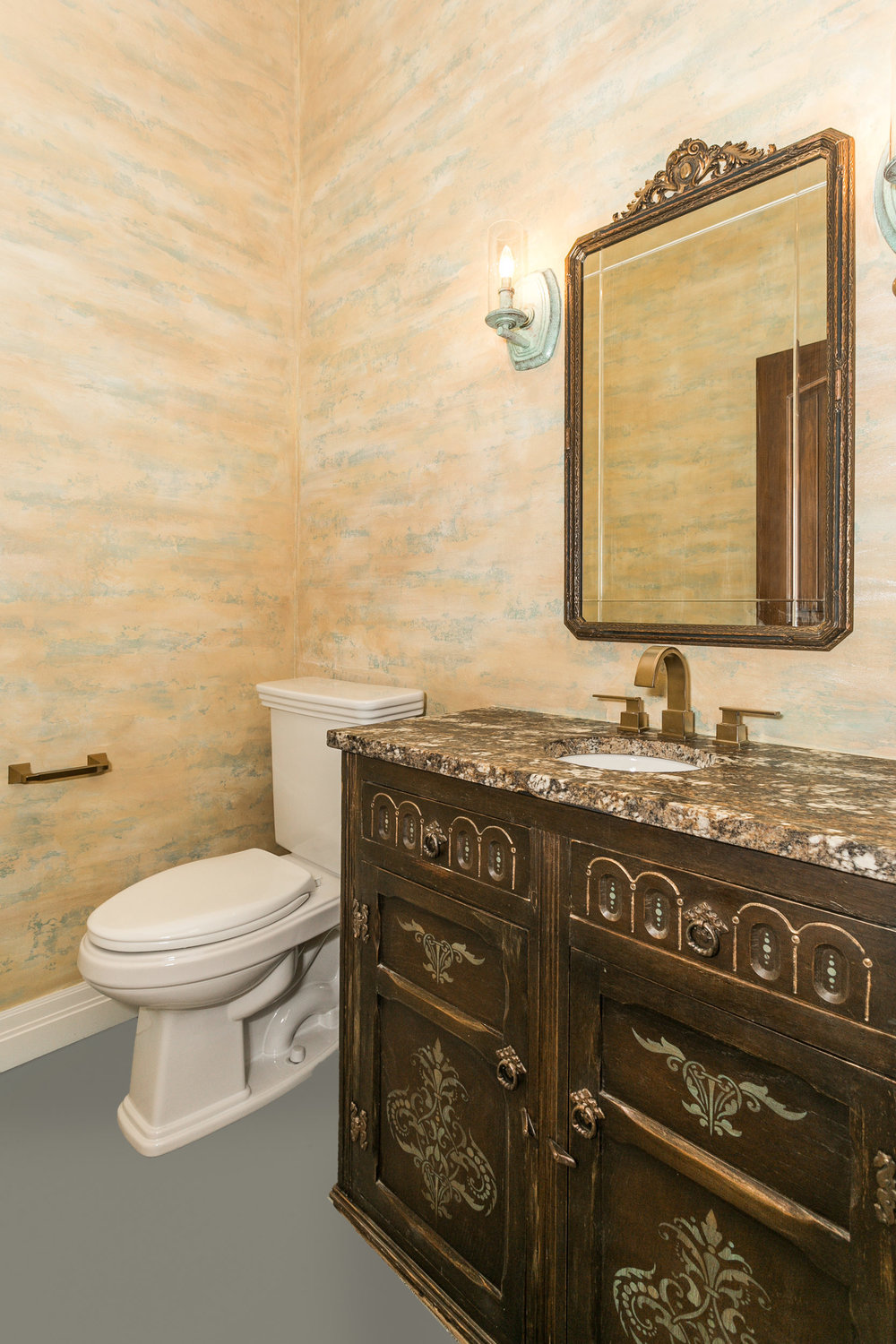546 Anywhere St Wichita KS-print-021-1-Powder Room-1667x2500-300dpi.jpg