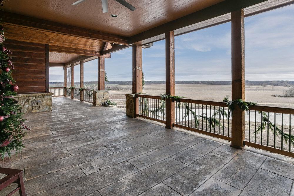 porch (2).jpg