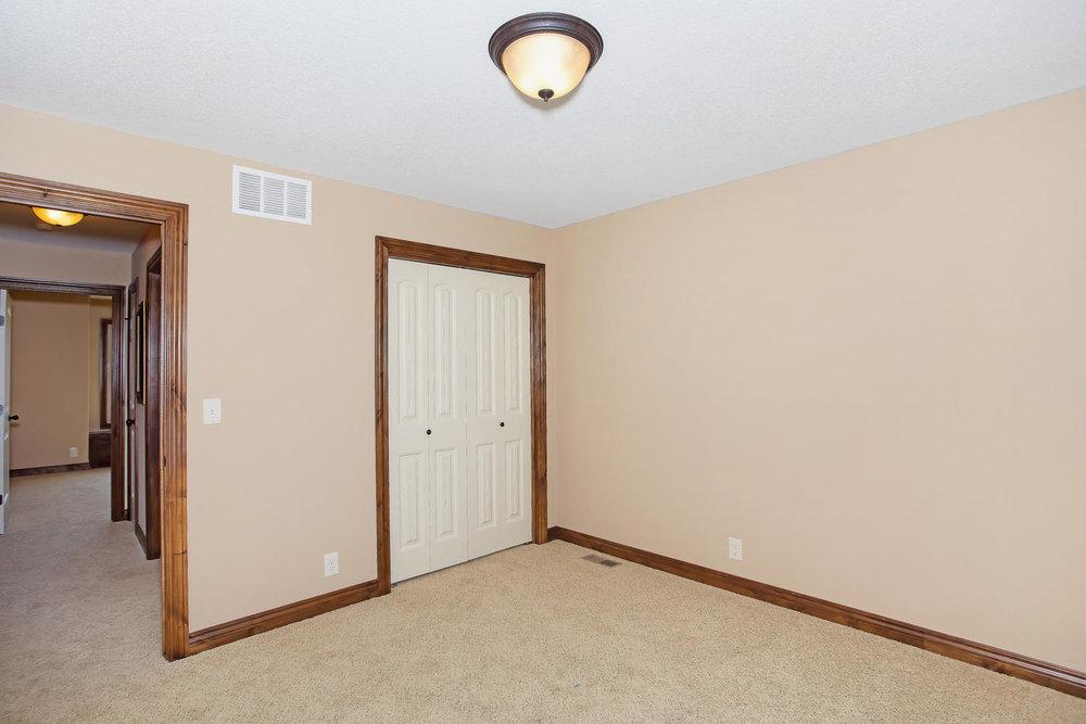 111 N City View St Wichita KS-large-019-Bedroom 3-1500x1000-72dpi.jpg