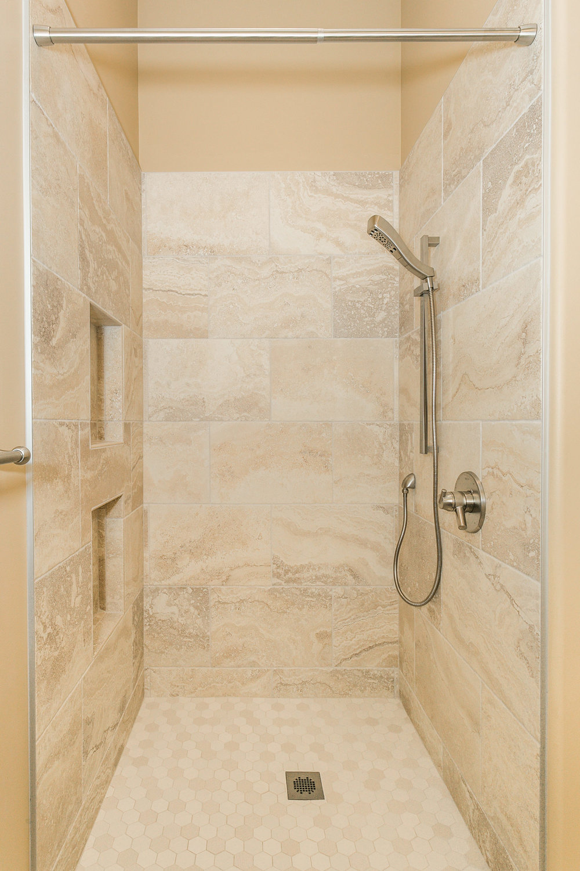 546 Anywhere St Wichita KS-print-032-60-Bedroom 2 Bath-1667x2500-300dpi.jpg
