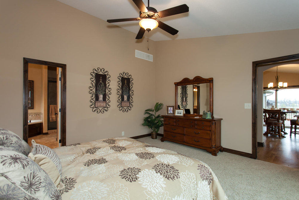 14706 W Valley Hi-large-014-14-Master Bedroom-1500x1000-72dpi.jpg