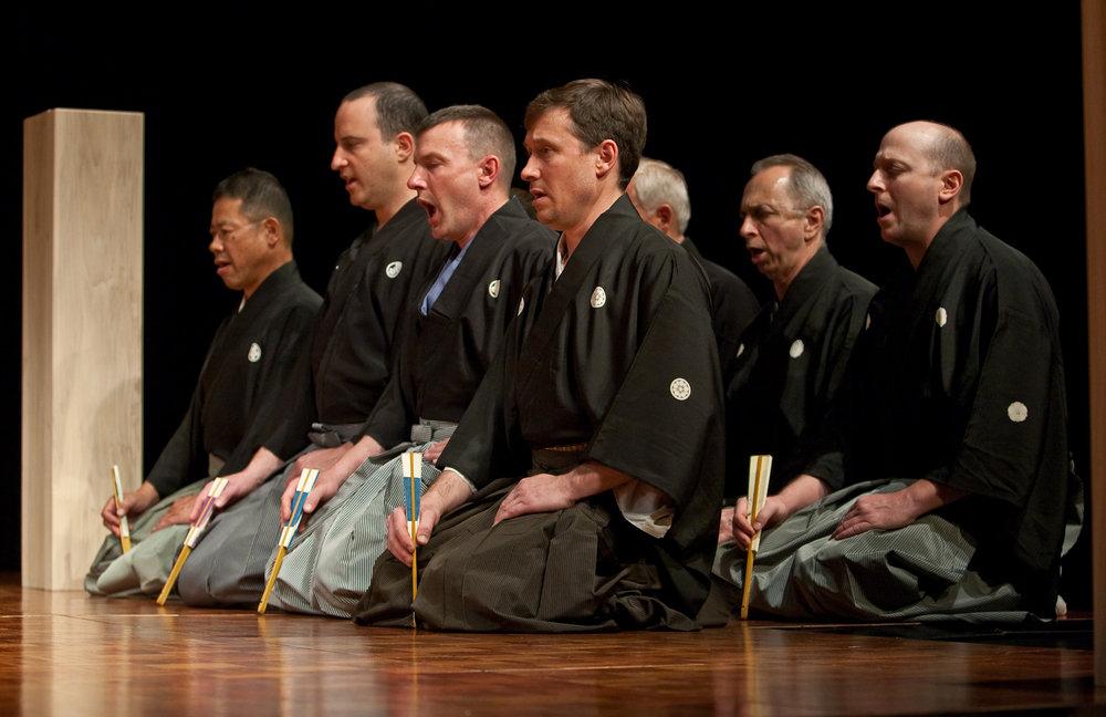 Pagoda chorus (jiutai).Photography by Clive Barda