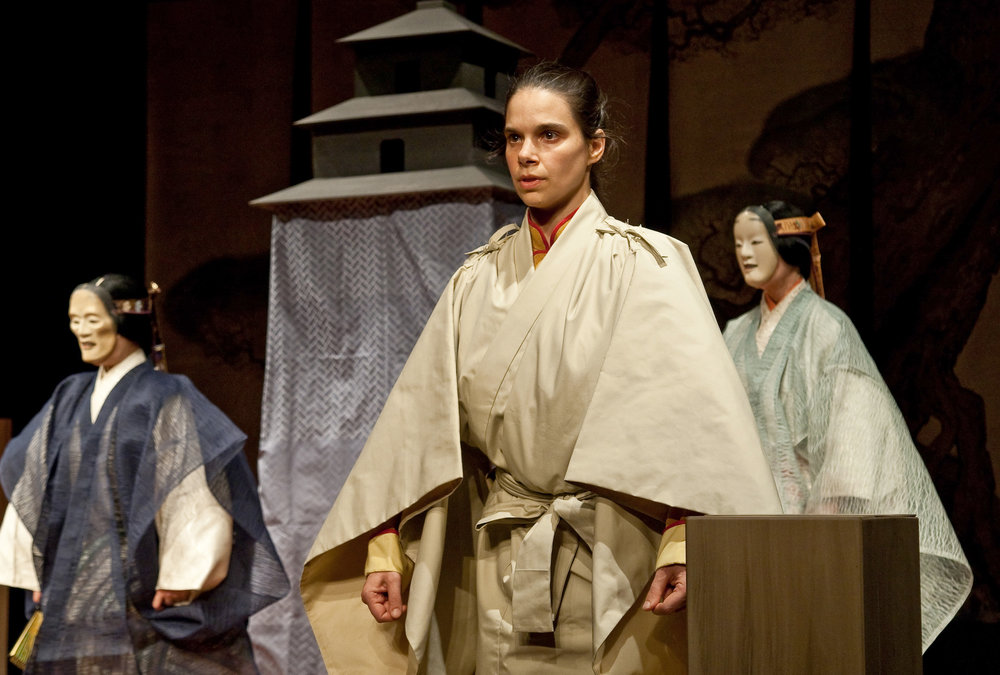 Kinue Oshima, Jubilith Moore, Elizabeth Dowd - Performed the roles of the Maeshite (Act One main actor), the Waki (the traveller) and the Tsure (the daughter)  in Pagoda in both 2009 & 2011 tours.Photography by Clive Barda
