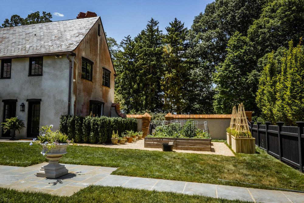 hdr kitchen garden.jpg