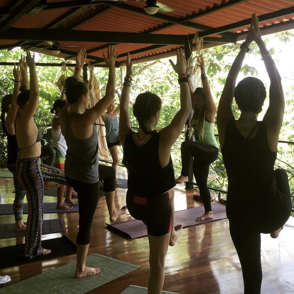 yoga-santa-catalina.jpg