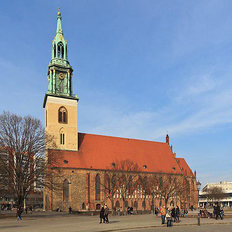 480px-Marienkirche_B-Mitte_03-2014.jpg