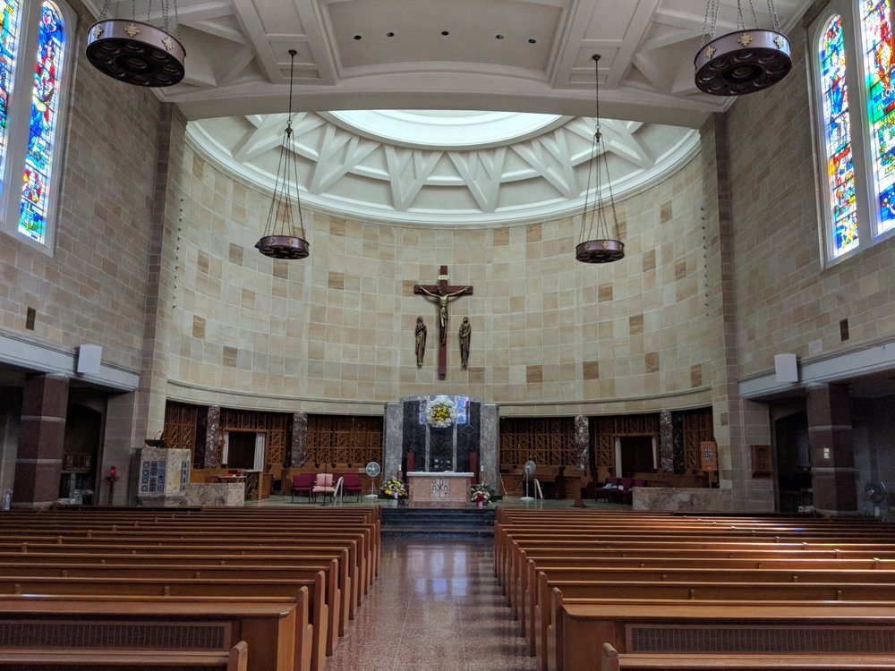 CAMM DT-800 speakers are mounted in the front nave. Audio-Technica Engineered series microphones are used in the sanctuary.