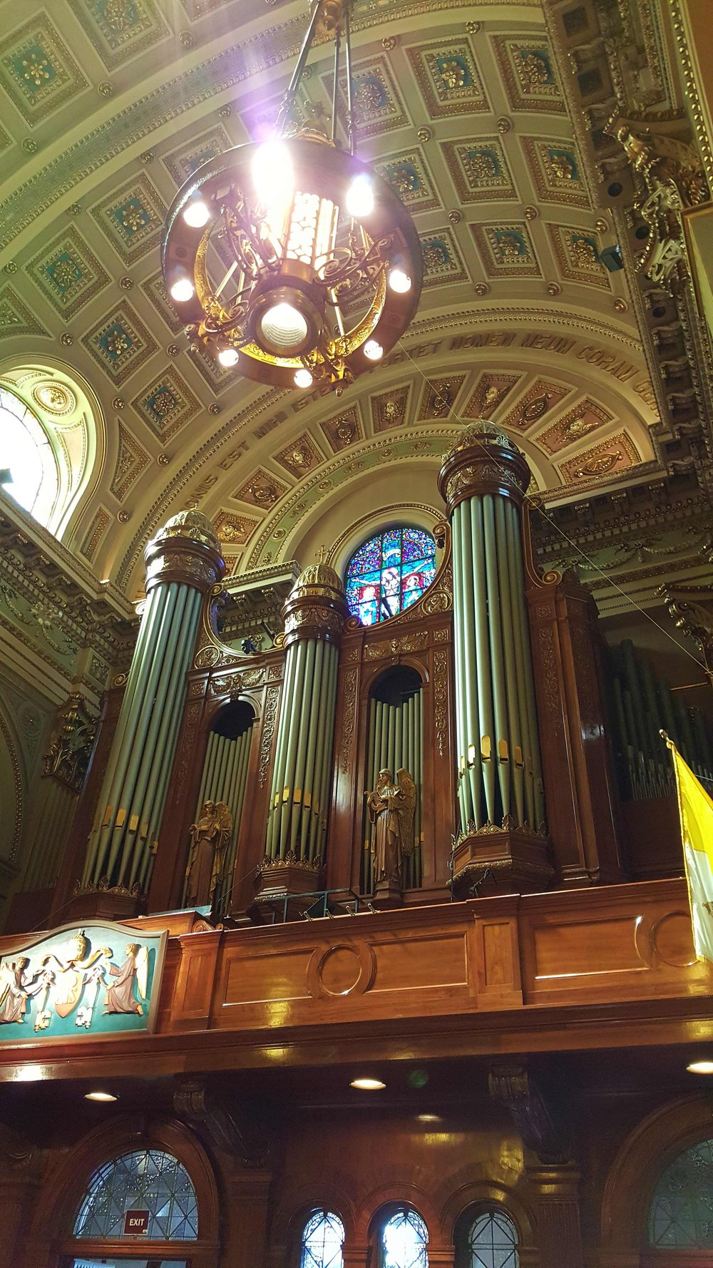 Audix MicroBoom and Audio-Technica Engineered series microphones are used in the choir loft.