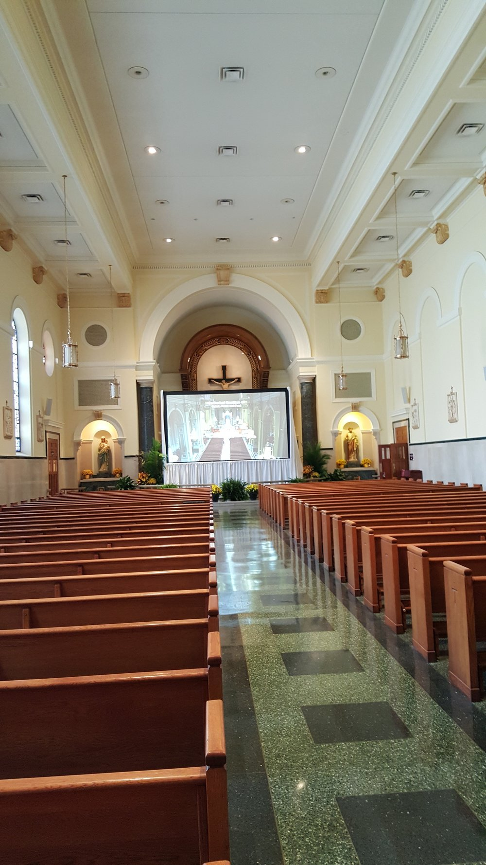 The chapel uses CAMM DT-400 speakers to provide audio coverage.