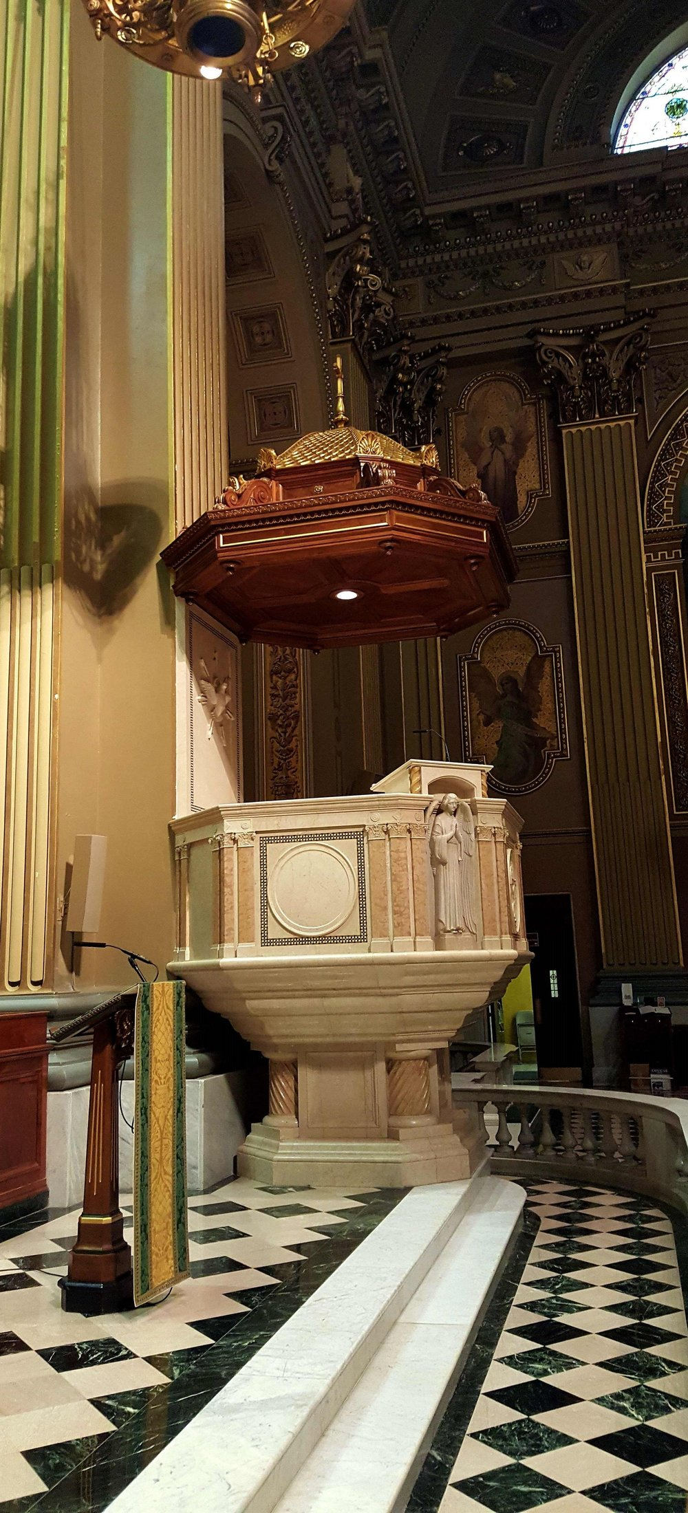 A line array provides coverage in the front pews. The cantor uses an Audio-Technica Engineered series microphone at the podium. An Engineered series microphone is also used on the pulpit.