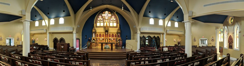 A mix of CAMM DT-800, DT-400, DT-200, and DT-1 speakers were installed in the church.