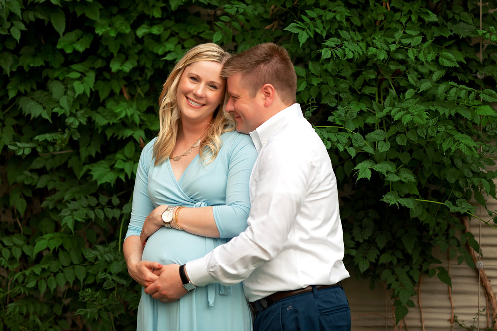 Fishers Maternity Photographer
