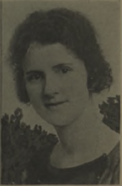 Miss Doris Clark of McKinley Park Football Club, photo from Spalding's Guide to Soccer Football, 1919-20