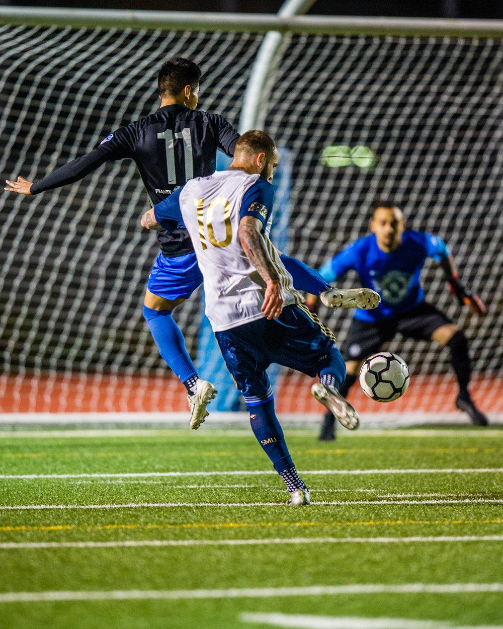Newhall vs Santa Monica_SMU go up 2-1.jpg