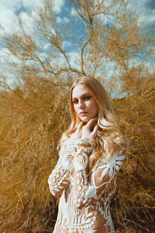 70's Style Desert Bridal Shoot