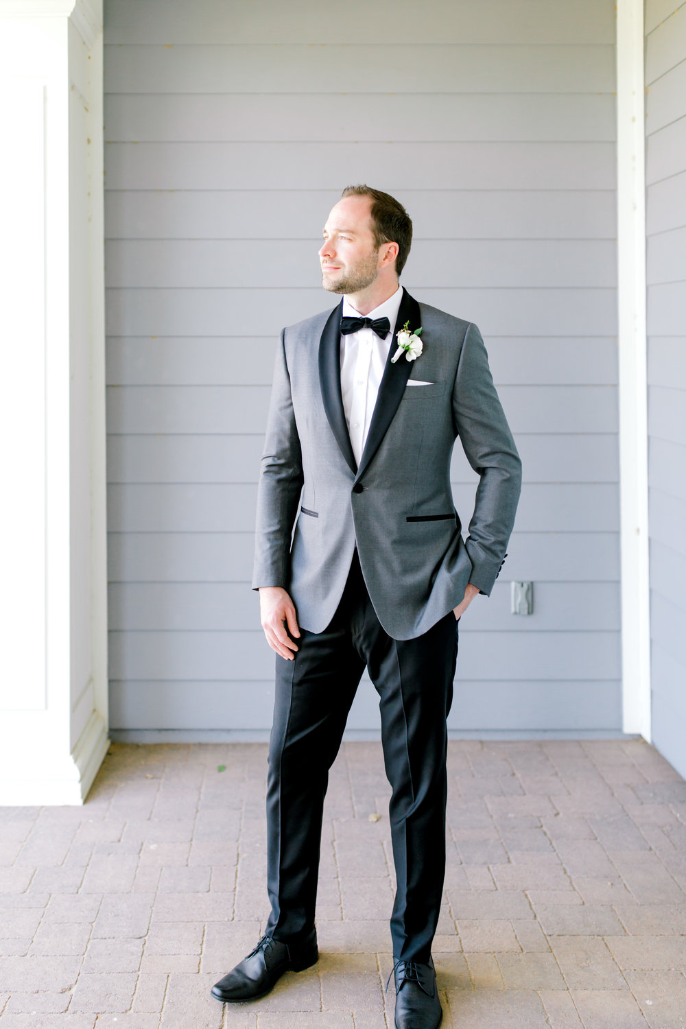 Blush and white backyard wedding - Groom Portrait