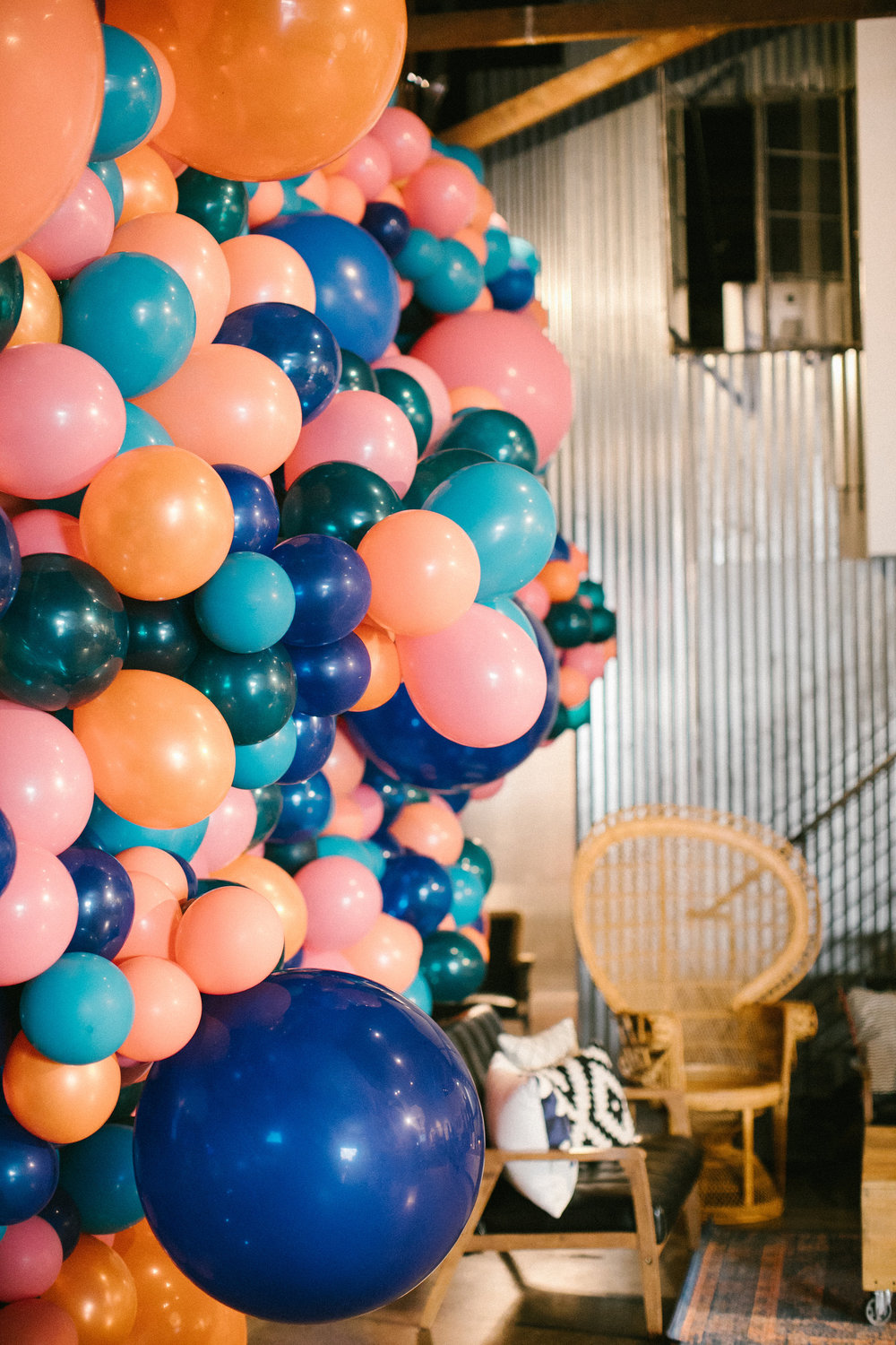 The Ivy Event - Balloon Install